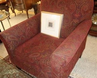 Comfy traditional chair