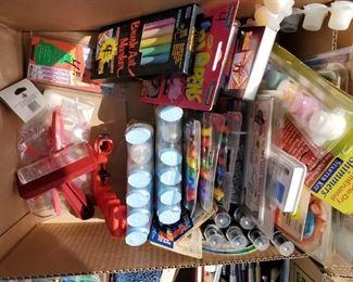 Markers, Paint Sets, Chalk, Paint Pens