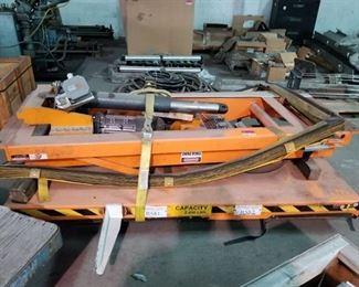 Uni-Craft 4316-1 Hydraulic Lift