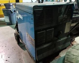 Miller CP-302 DC Welding Source