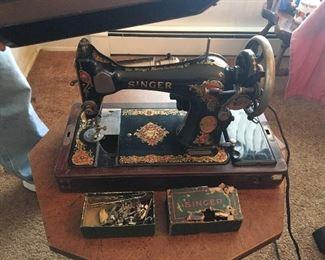 1927 Portable Singer Sewing Machine