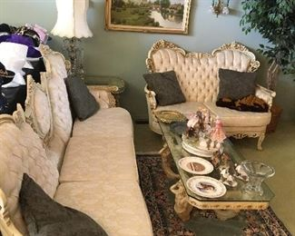 Victorian Style Living Room Set