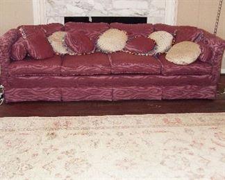Gorgeous $6K Retail Oriental Rug