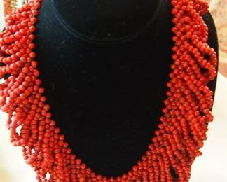 Beautiful Coral Chocker