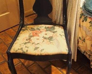 Set of 6 Vintage Chairs