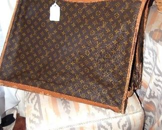 Vintage Louis Vuitton Travel Hanging Bag (as is)