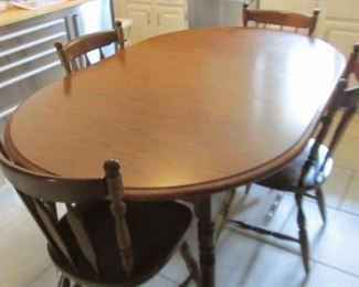 Nice kitchen table and chair set