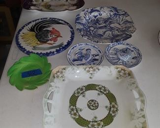 Spode, Stafashire, plate in front is Japan, Dogwood.