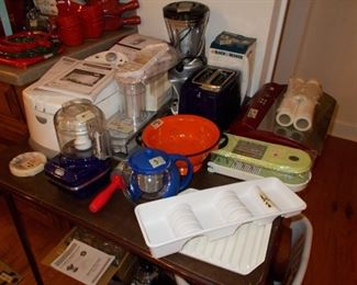foodsaver, bread machine, food processors, and stuff
