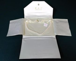 jewelry pearl necklace gold clasp