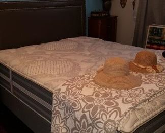 Queen-size bedroom suit less than 2 years old Beautyrest mattress cost over $1,500