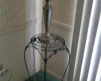 corner lamp table