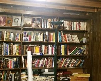 lots of books, pictures are not for sale