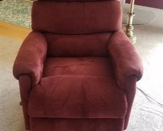 VERY CLEAN NICE ROCKER RECLINER