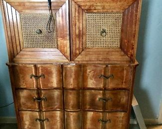 Great Vintage chest of Drawers