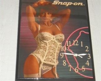 Snap-on Clock