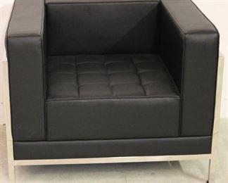 Tubular chrome arm chair