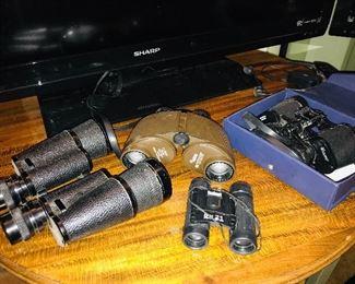 Assorted binoculars.