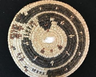 """Vintage Native American miniature friendship baskets—two small ones are 4.5"""" and bigger one is 5"""". Following photos show front and back of each one."""