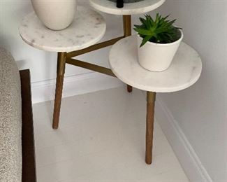 Plant stand marble/wood/brass