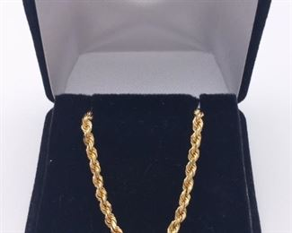 Well Crafted, Designer Signed 18k Yellow Gold Rope Chain Estate Necklace