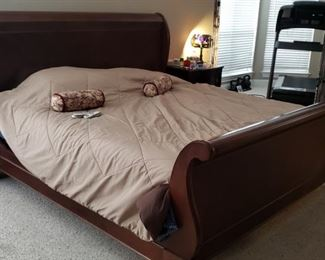 Queen Size Sleigh Bed w/ Sleep Number Mattresses