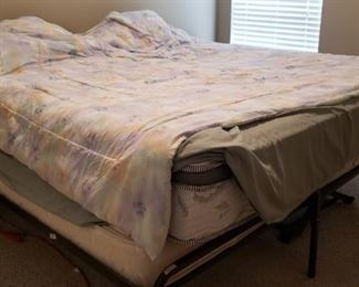Convertible Bed - Twin Bed w/ Trundle or Queen Bed