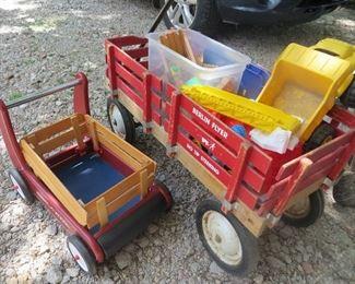 Radio Flyer wagons, Thomas train set