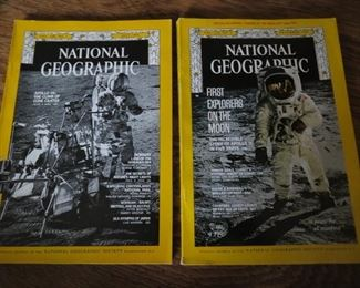 National Geographic magazines from July 1971 and December 1969 with special recording. Very good condition.