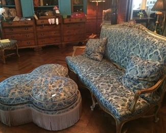 Early 20th Century Louis XIV style sofa from the Sedberry estate in Tyler; unique upholstered conversational to match