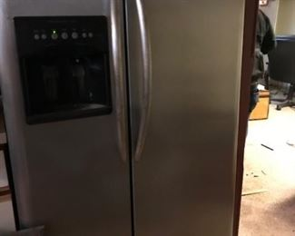 Stainless newer frig.