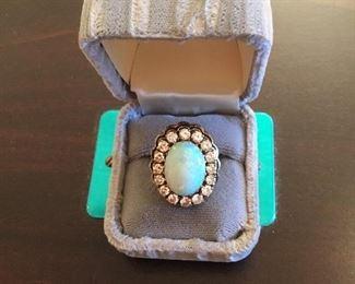 14kt Antique diamond & opal ring