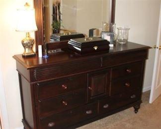 Walter E. Smithe dresser and mirror