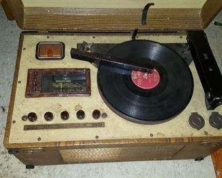 Radio/  record Player
