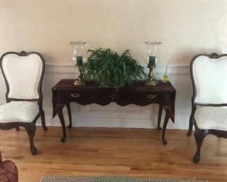 Thomasville Dining Chairs / Crendenza