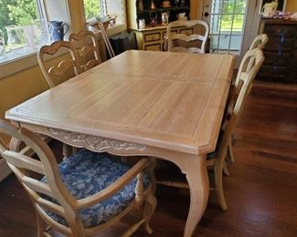 Penn House Country French Dining Table with 6 Chairs, leaves & Pads.....