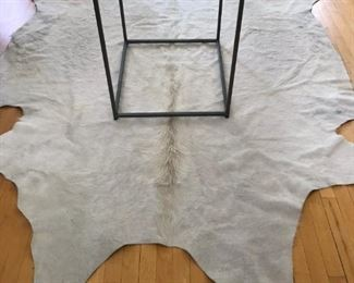 Hide Carpet and Modern Glass Stand