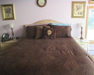 Queen Bed including Headboard, like new mattress and box spring