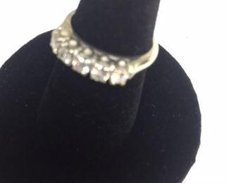 18kt White Gold 5 Diamond Ring