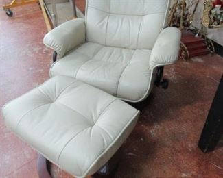 Stress Less Style Chair & Ottoman