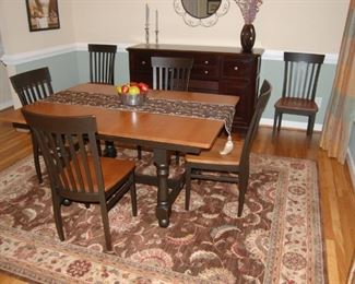 Furniture Land South Custom Table & Chairs