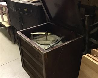 Old record player!