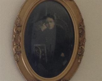 Antique 1903 portrait. Oval gold-leaf frame with bubble-glass.