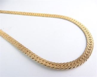 19 Unmarked Gold Linked Neck Chain