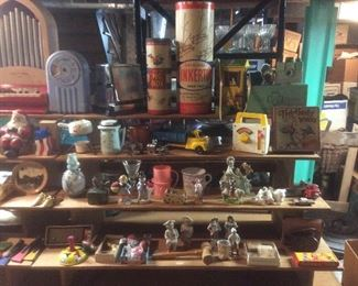 Wonderful small vintage collectibles they are all great items