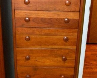Cabinetry small with drawers