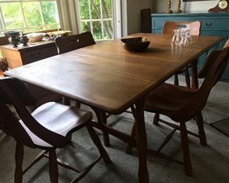 Vintage maple kitchen table and 4 chairs