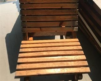 Pair of portable lawn chairs