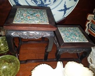 Antique Chinese porcelain two piece stand