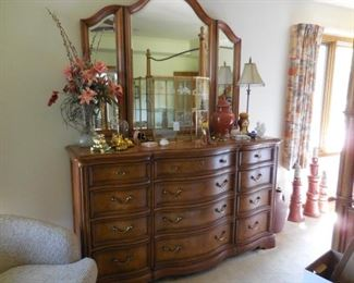 Dresser (matches canopy bed and other pieces)